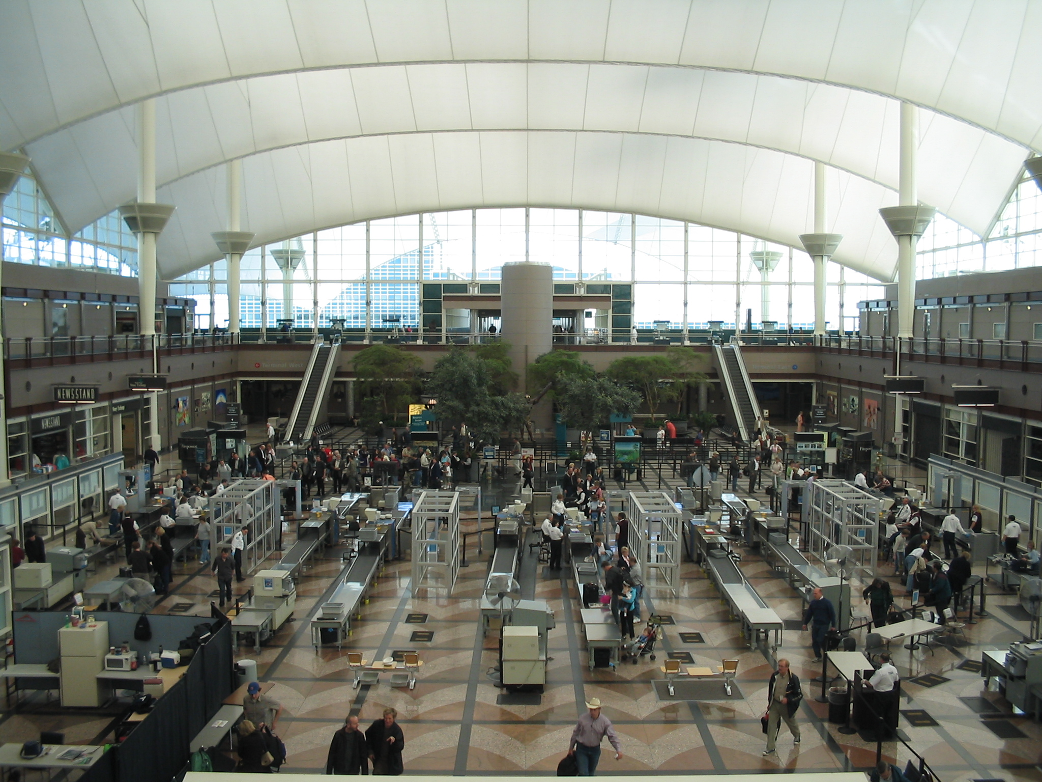 The Longest Airport Security Line Tsa To Start Security