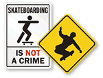Skateboarding  allowed sign